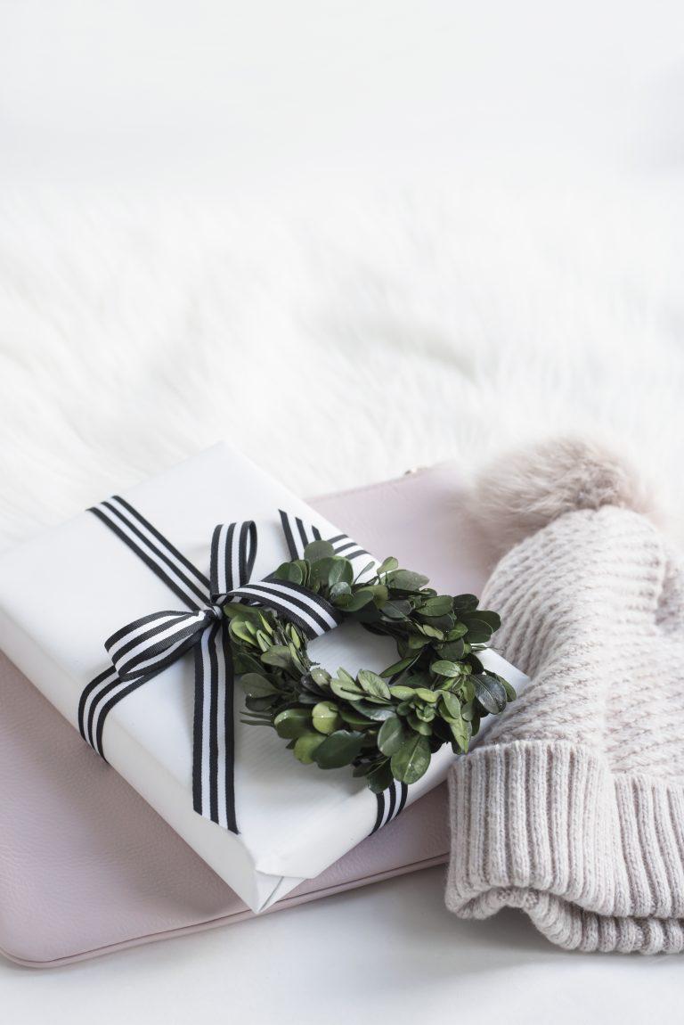 over 75 winter blog post ideas - blog post ideas for blogmas